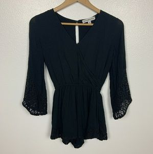 Abercrombie & Fitch Romper Bell Sleeve Sz: XS